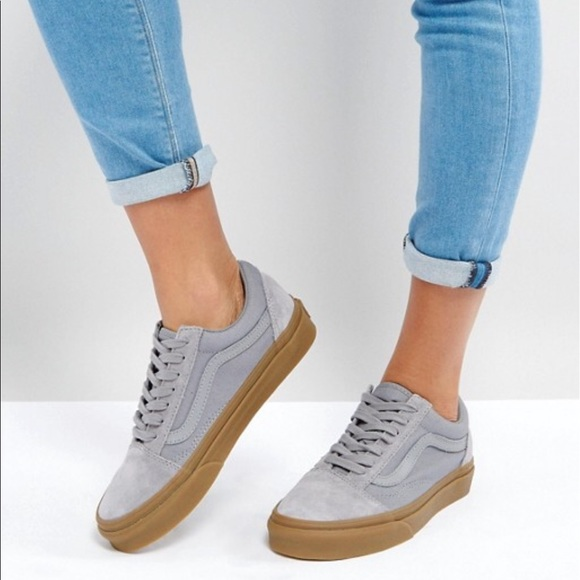 e7d82f31d3 Vans Suede Old Skool Sneakers In Gray W  Gum Sole.  M 5adcaea6331627fb244136fe
